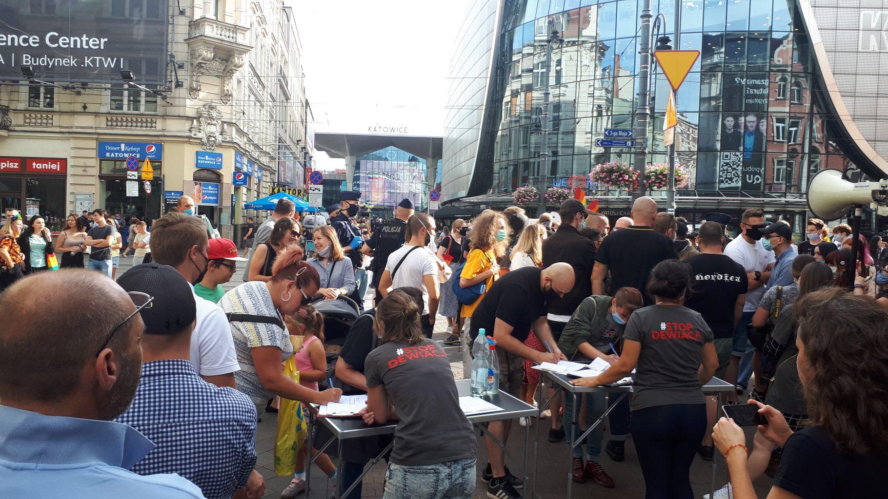 Ustawa #StopLGBT to ratunek dla Polski
